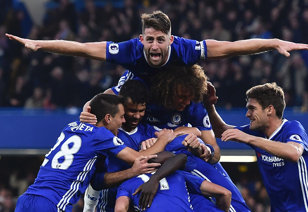 Chelsea celebrate against Man Utd